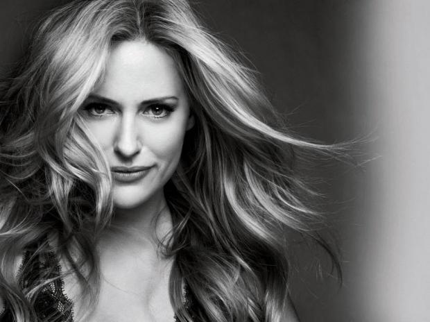 Aimee Mullins - Embaixadora Mundial da L'Oréal Paris