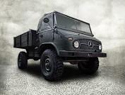 Afim de comprar um Mercedes-Benz Unimog de 1955?