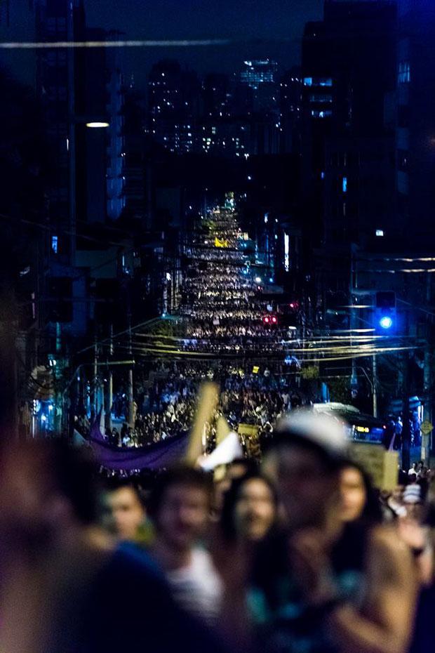 Mar de gente na Brigadeiro Luiz Antônio, em São paulo (Foto: Guilherme Burgos)