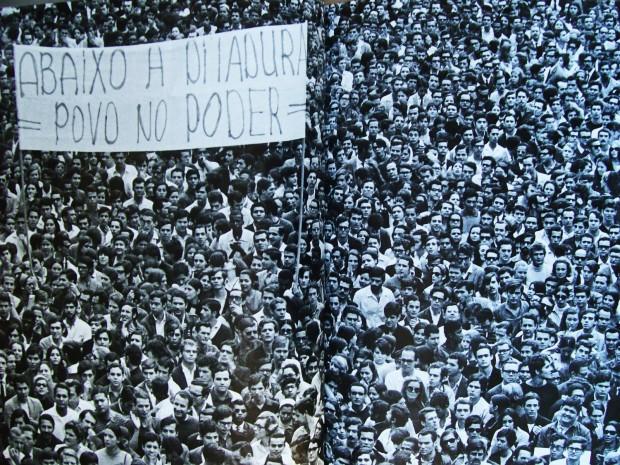 """""""Passeata dos 100 mil"""", em 1968"""