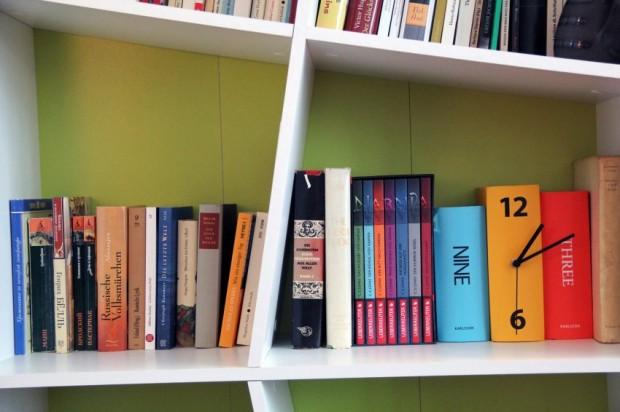 Relógios e livros