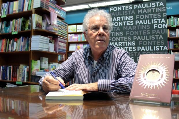 """Antonio Carlos Bôa Nova no lançamento do livro """"Fora da Ordem: do claustro ao mundo secular"""""""