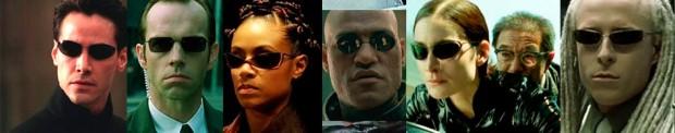 É claro que os Óclinhos Pequenos Redondos Insanos, o que mais seria  Indo  mais além, duvido que alguém encontre um personagem com estes óculos que  tenha se ... 35cac5f13d