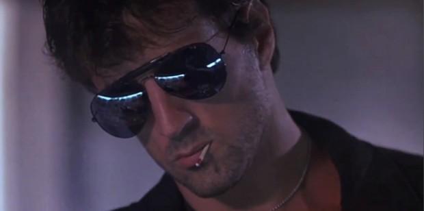 """Stallone Cobra: o filme que todo mundo conhece e ninguém nunca viu tem até frase clássica: """"Você é a Doença e eu sou a Cura."""""""