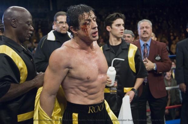 """Tô tuitando aqui pra você, Rocky: """"eu tô velho demais pra isso"""". É assim memo que você quer? (Bigoda atrás do Rocky)"""