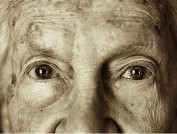 eyes-of-an-old-woman