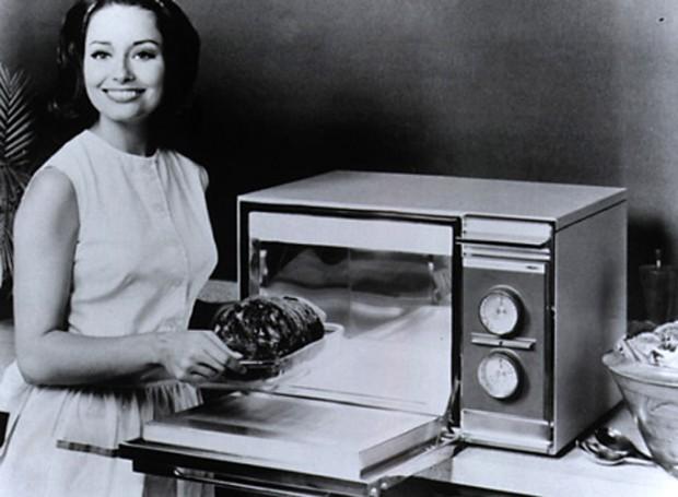 Forno de microondas, 1955