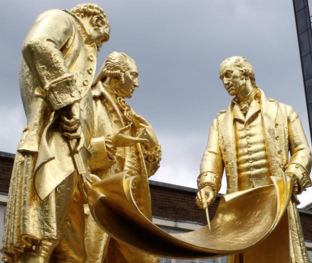 Monumento à The Lunar Society. Compare com a imagem dos Goonies acima