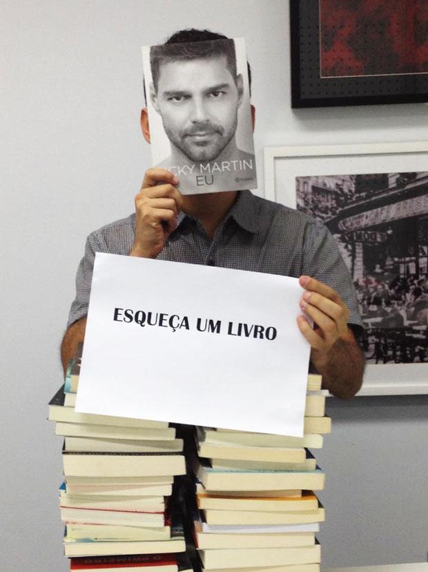 Deixe alguém se aproveitar do Ricky, digo, dos livros que você não quer mais