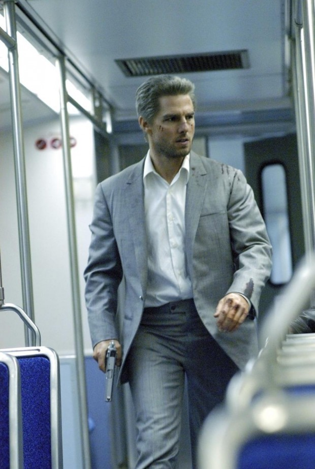 900_tom-cruise-on-train-jpeg-collateral-94368334