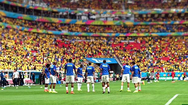 Momento mais marcante na zona dos Fan Photographers, observando de perto, pertíssimo, o aquecimento dos jogadores