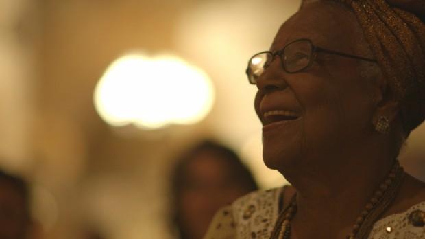 Tia Maria do Jongo da Serrinha (Madureira, RJ), emanação da alegria