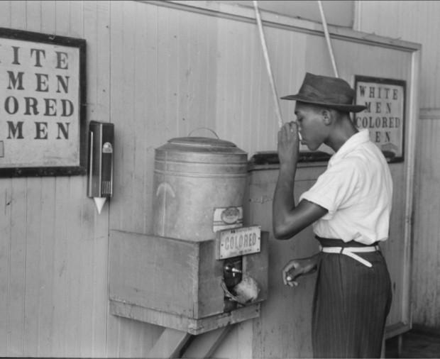 Bebedouro só para negros, Oklahoma City, em 1939
