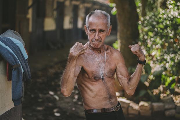 Aos 66 anos, J. Queiroz ainda conserva o físico dos jóqueis.